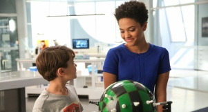 Ethan and Lucy on Extant, Cracking the Code episode