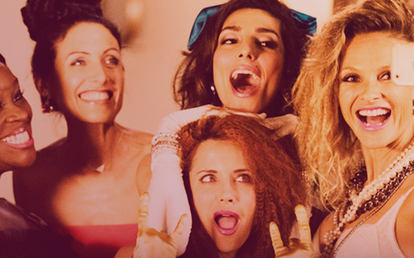 Girlfriends-Guide-to-Divorce-80s-Party